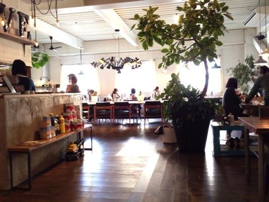箕面船場 B-cafe
